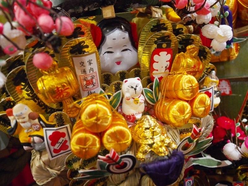 立川諏訪神社酉の市の日程や時間・屋台情報!熊手の値段相場は?