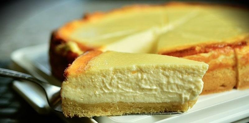 ファミマクリスマスケーキ2019種類【チーズ系のケーキ】